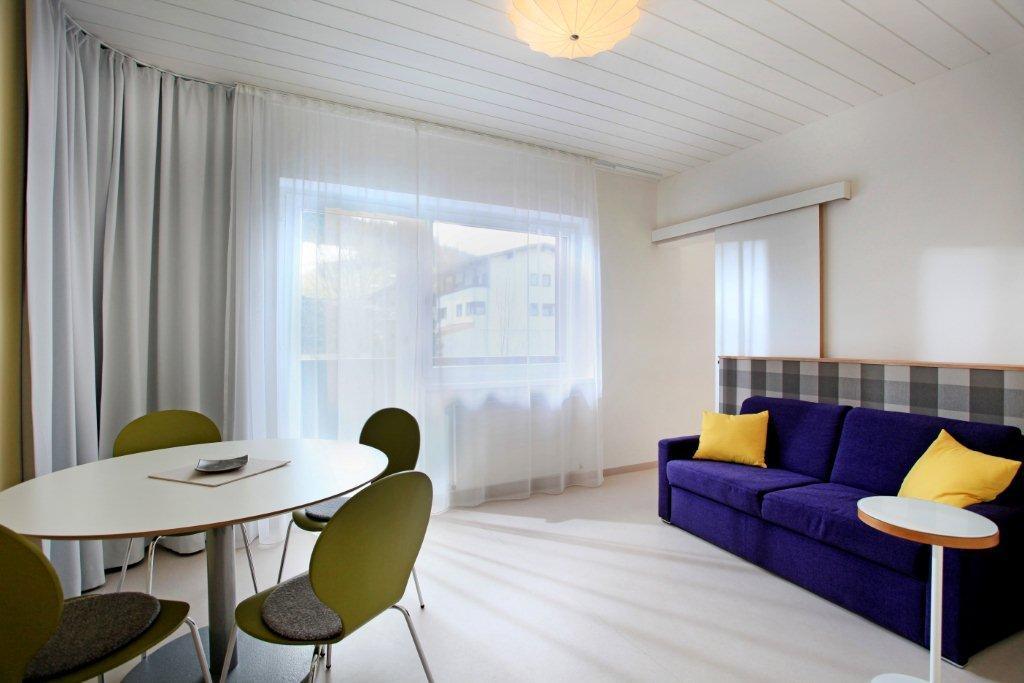 ferienwohnung-haus-friederike-ellmau-birkenweg-20-sylvia-brunner-badezimmer-appartement-neu-wohnzimmer2.jpg